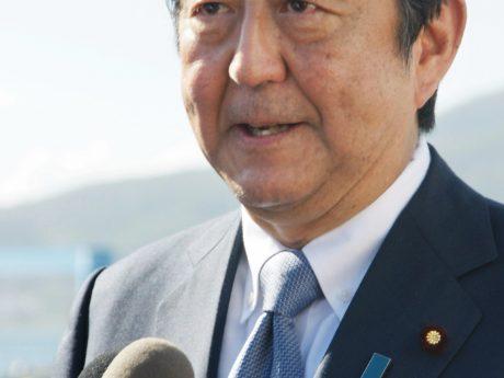 安倍晋三首相の写真