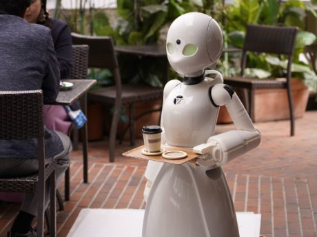 オリィ研究所のロボットの写真